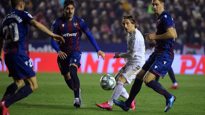 Леванте - Реал 4.10.2020 смотреть онлайн